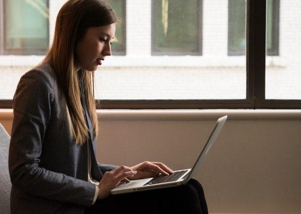 Good Online Business Leader